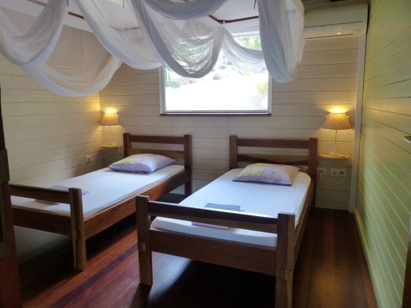2 ème chambre Villa de charme location a Bouillante